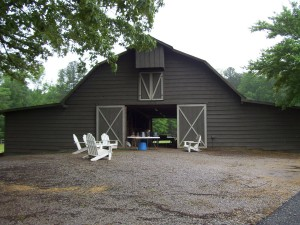 Barns with permanent foundations are included in an appraisal